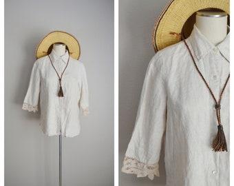 linen and lace blouse / vintage tan linen blouse/ quarter sleeve linen button down blouse /collared linen blouse / breezy vacation linen top