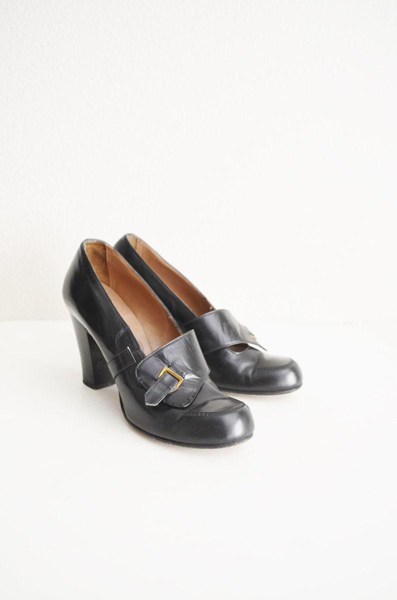 a80982cb58fc7d Vintage 40s gold cross black leather heeled pumps shoes