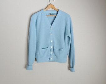 vintage 70s pastel baby blue acrylic golf grandpa cardigan sweater -- small