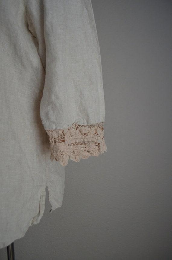 linen and lace blouse / vintage tan linen blouse/… - image 7
