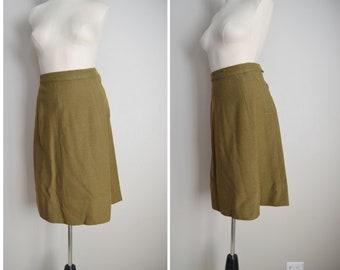 1944 olive drab wool military WW2 skirt / womens 40s denham wool skirt / military WAC womens army crop skirt / 25 / 26 wool skirt - small