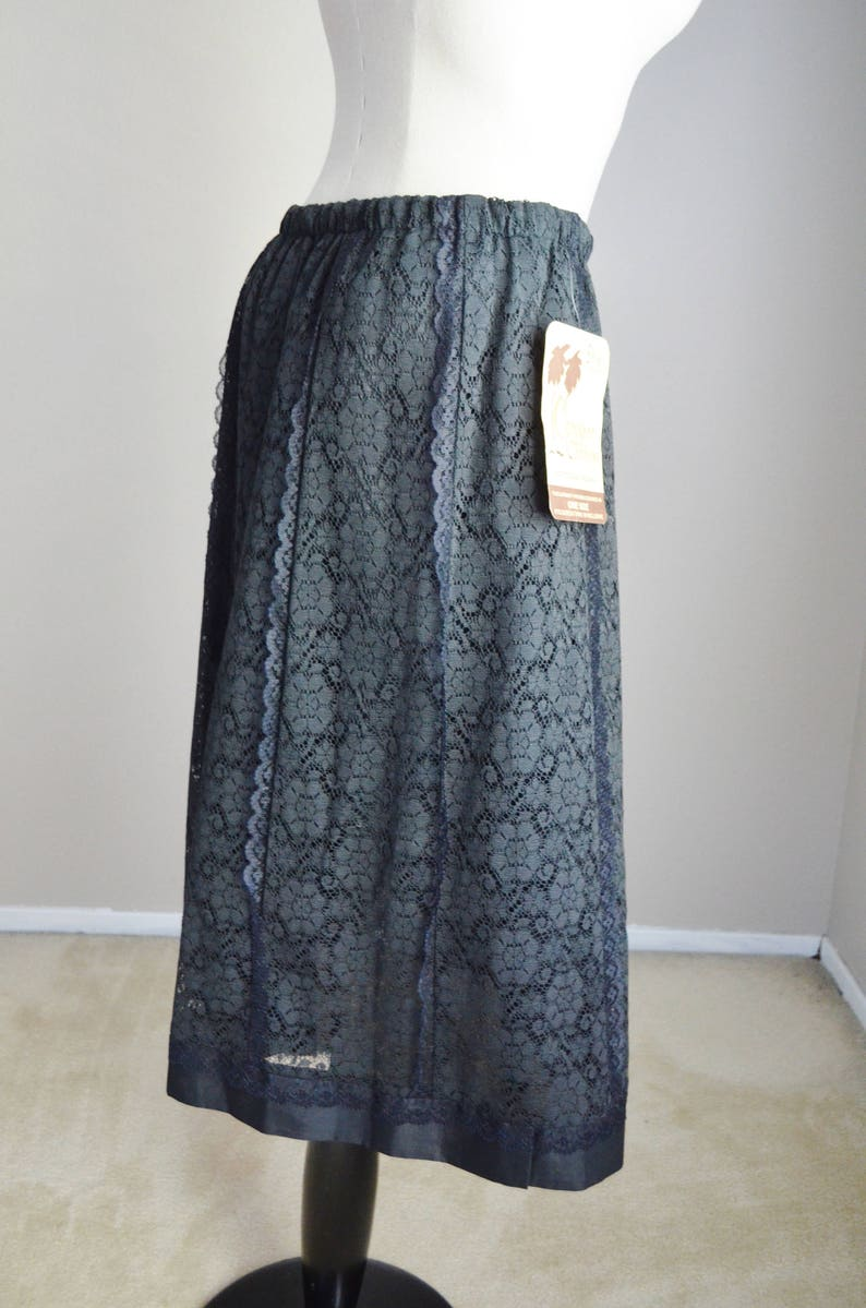 new old stock womens small- vintage 70s black lace kneelength prairie lace bohemian goth skirt