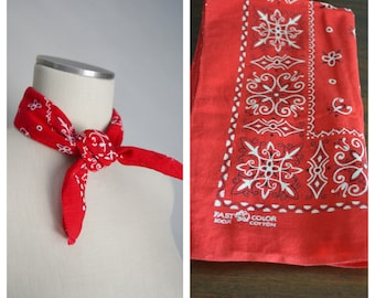 fast color trunk up red bandana / vintage 60s fast color handkerchief -trunk up elephant bandana classic western bandana