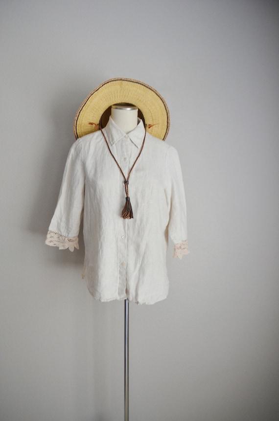 linen and lace blouse / vintage tan linen blouse/… - image 3