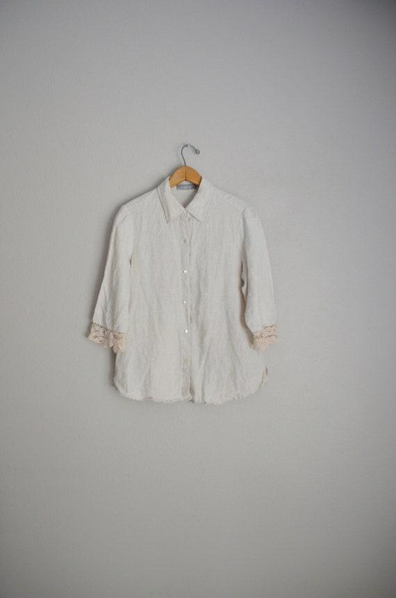 linen and lace blouse / vintage tan linen blouse/… - image 2