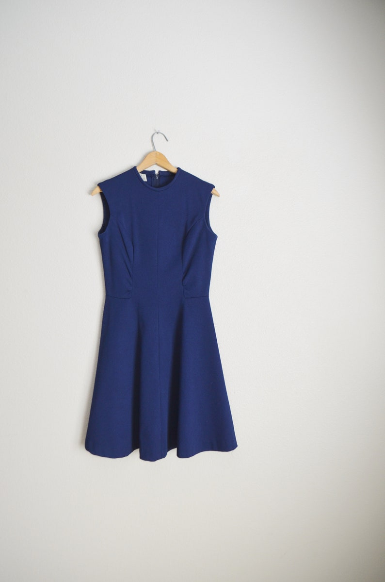 vintage 70s navy blue polyester sleeveless minimal flirty above the knee twiggy mod mini dress small- 35-27-free