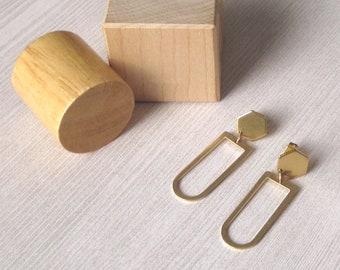 Ocarina - Sculptural Brass Earrings; Post Hexagon Arc Drop Earrings; Arch and Honeycomb Stud Earring (Boucles Géométriques) by InfinEight