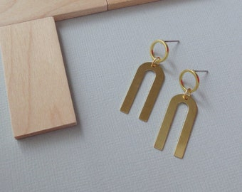 Rune - Modernist Brass Earrings; Circle U Geometric Drop Studs; Arch and Circular Arc Geo Post Earring (Boucles en Laiton) by InfinEight