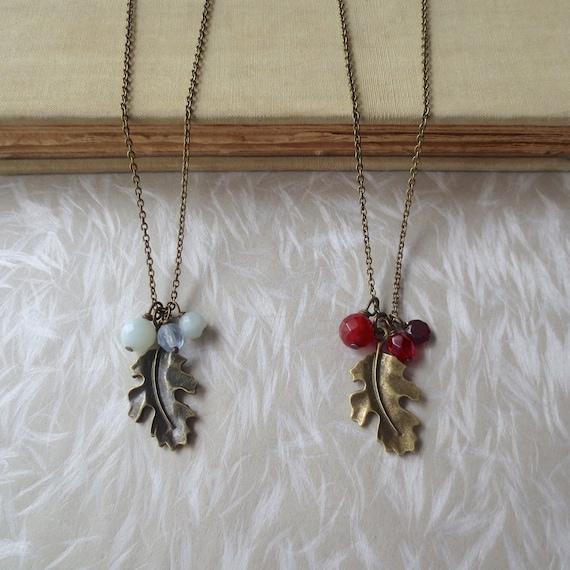 Intarsio ceramic oak leaf necklace