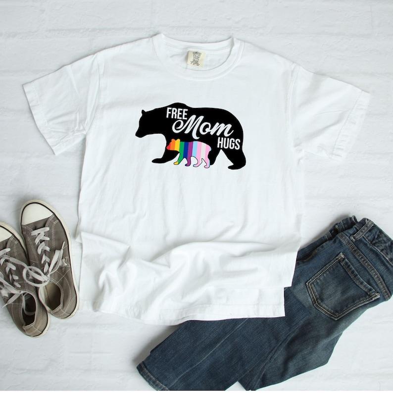 a605952f Free mom hugs t-shirt | Etsy