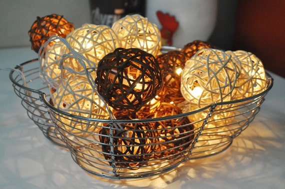 pretty nice b9479 e7a7d Brown & White Rattan ball string lights for Patio,Wedding,Party and  Decoration (20 bulbs)