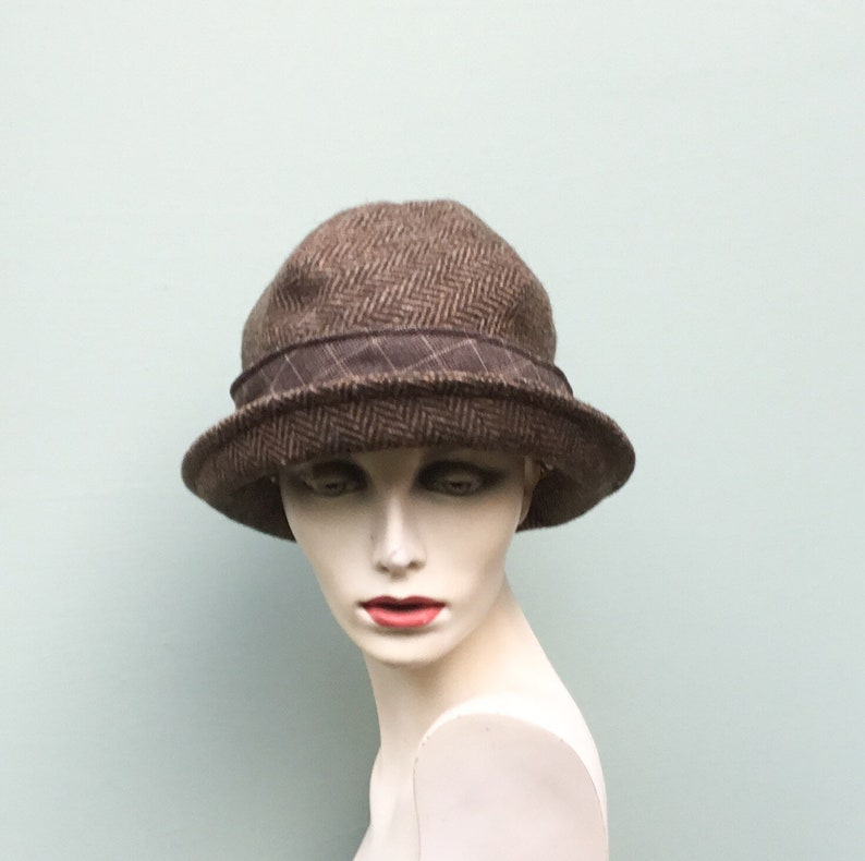 aadc14e3a87ee3 Brown tweed cloche hat classic cloche hat twenties hat | Etsy