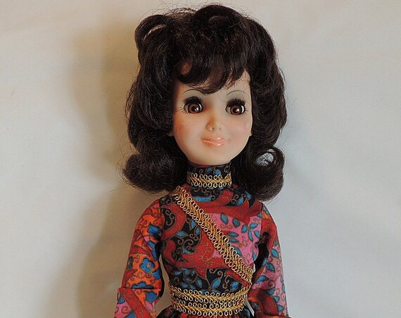 "Vintage Hard Plastic Vinyl 18"" Teenage Doll.. Brunette Flip Hairdo 1960s-70s"
