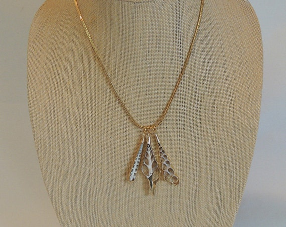 """Real 3 Sea Shell Seashells Gold Gilded Pendant Necklace.. 17""""  Chain (No. 3)"""