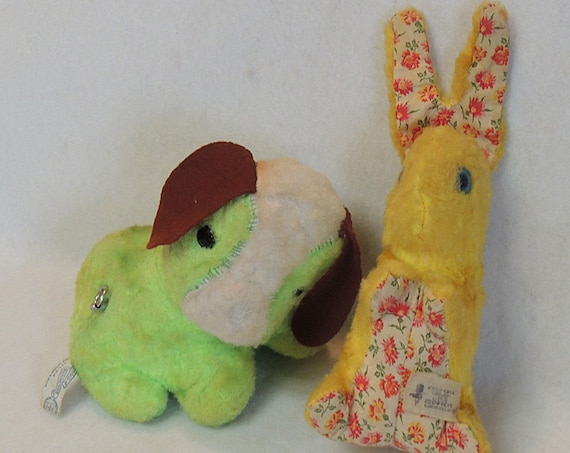 2 Vintage Plush Toys.. Knickerbocker Musical Dog & Columbia Toy Rabbit