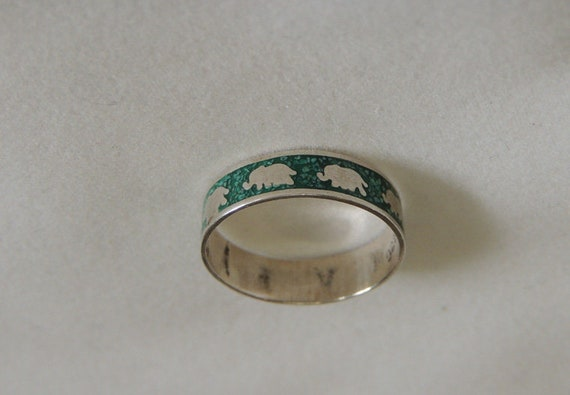 Sterling Silver & Green Enamel Elephant Band Ring .. Size 5.. Pinky / Childs