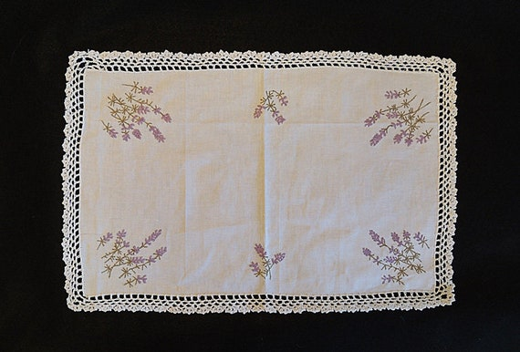 Vintage 18 x 12 White Cotton Doily / Tray Cloth.. Embroidered Lavender & Crochet Edge