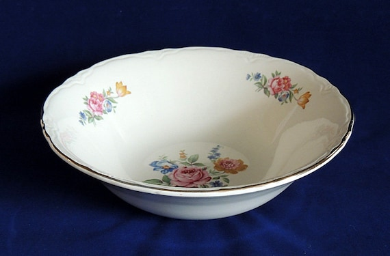 "Vintage Scio Pottery 8.5"" Serving Bowl In Hazel Pattern.. Cottage Floral USA (#2)"