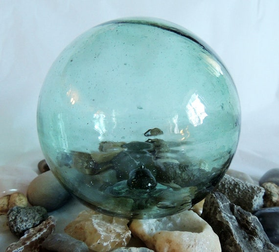 "15"" In Circumference Vintage Japanese Glass FISHING FLOAT Rare True  Spindle Attached Inside (#47)"