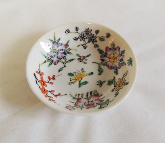 """Vintage Porcelain Ware A.C.F. Decorated In Hong Kong 4"""" Bowl"""