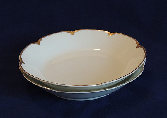 "2 Vintage Haviland Limoges.. Ranson Pattern.. 7.5"" Soup / Salad Bowl.. Gold Trim"