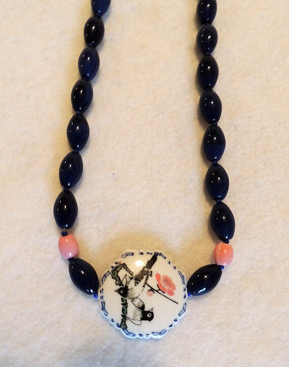 "Vintage Chunky 34"" Bead Necklace.. Glass Porcelain Birds.. Navy & Pink"