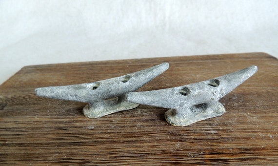 "Vintage Matched Pair 3.5"" Cast Metal Boat Cleats, Tie Downs, Marine Hardware (#15)"