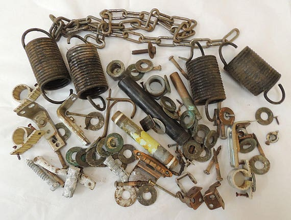 Vintage Mixed Metal Salvage Hardware For Assemblage Art Sculpture & Craft Supply.. Huge 7 lb Lot (#1)