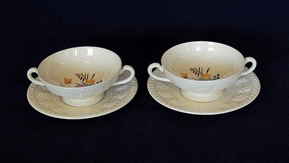2 Sets Footed Cream Soup Bowls & Saucers.. Wedgwood Wellesley TINTERN England Pattern AL9460