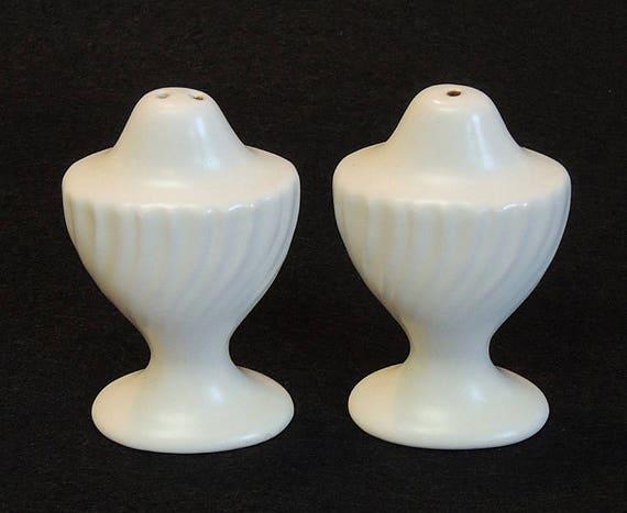 Vintage Gladding McBean FRANCISCAN CORONADO Salt & Pepper Shakers.. Matte Ivory White