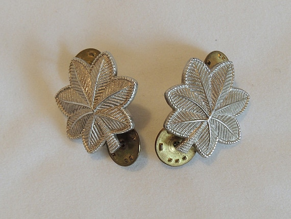 2 Vintage US Army Lt. Colonel Pins Rank Oak leaf Insignia.  Silver Filled
