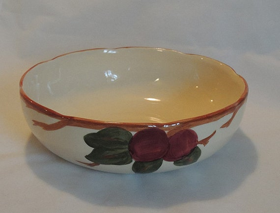 "Vintage 8"" Pasta / Serving Bowl FRANCISCAN APPLE California Pottery.. VG"