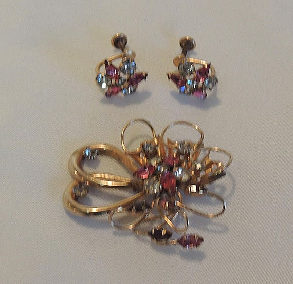 Vintage Phyllis 1/20 12K GF Gold Filled Pink Rhinestone Crystal Pin Brooch Earring Set