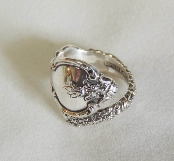 Vintage International Sterling Silver Spoon Ring.. Dubarry Pattern 1968.. Size 5