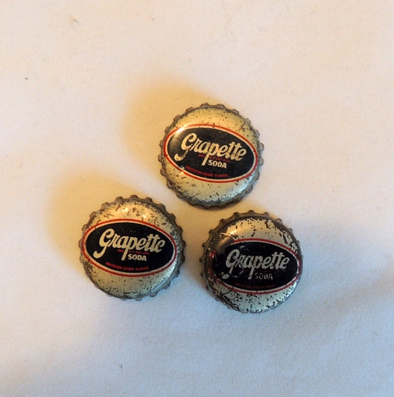 3 Vintage Grapette Soda Pop Bottle Caps