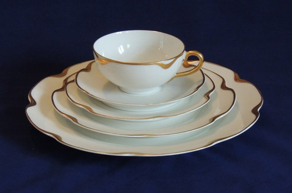 Vintage Haviland Silver Anniversary / 5 Pc Place Setting..  Gold Trimmed Limoges (#2)