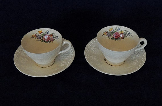 2 Sets.. Cup & Saucers.. Wedgwood Wellesley TINTERN England Pattern AL9460