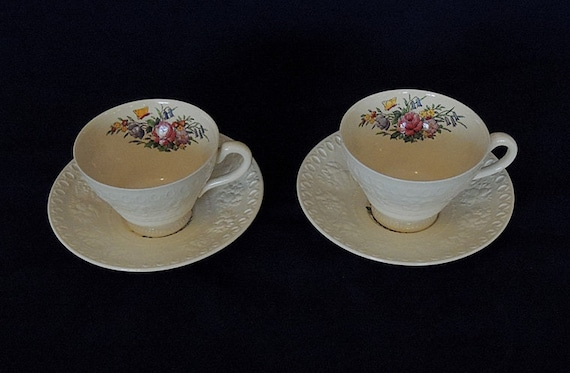2 Sets.. Cup & Saucers.. Wedgwood Wellesley England TINTERN Pattern