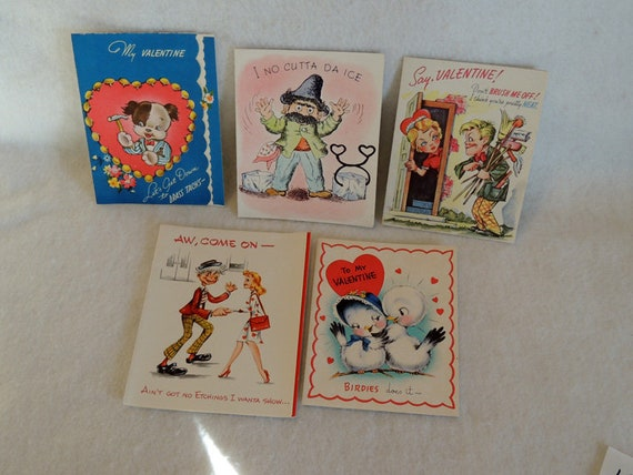 "5 Unused 1940s-50s Adult Valentine Cards Suggestive Flirty Humor ""Me Too"" Not PC"