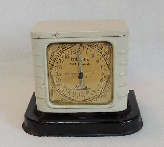 Vintage Rare Early Homewate Kitchen Utility Scale.. Beige & Black Enamel