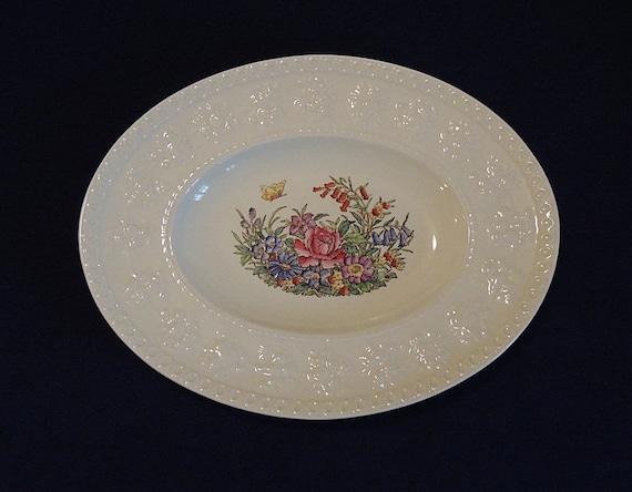 """Wedgwood Wellesley TINTERN 12"""" Oval Serving Platter.. Vintage England Pattern AL9460"""