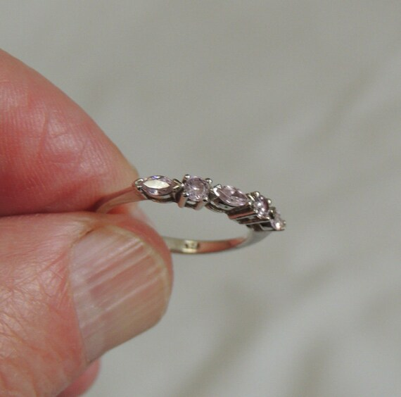 Sterling Silver Ring  With 5 Sparkly Pink Stones .. Size 5.. Pinky / Childs
