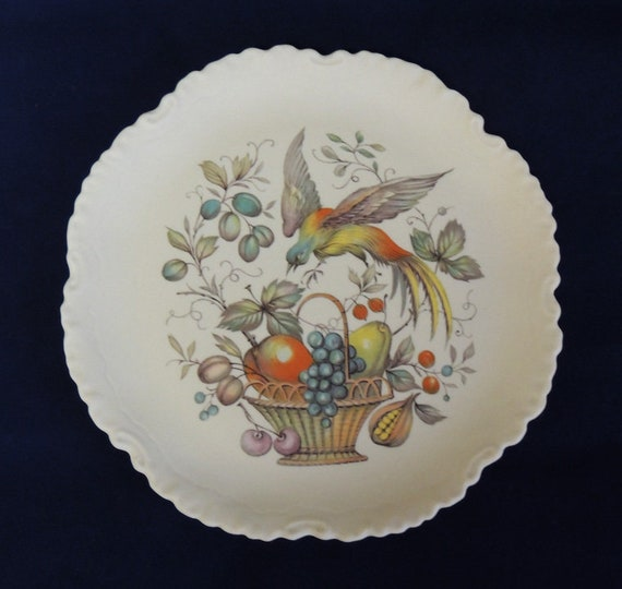 "Vintage American Bisque Porcelains Inc. 7.5"" Plate.. Bird, Berries & Fruit Basket"