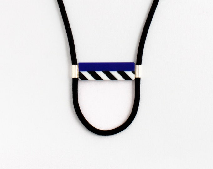 Street Lines Blue Necklace