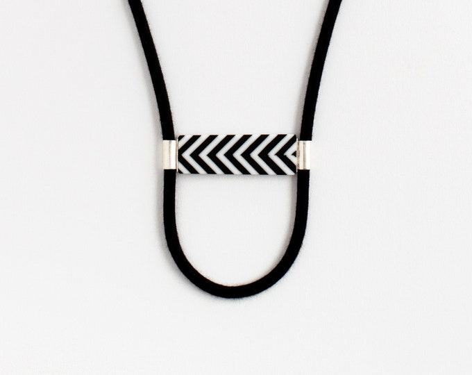 Street Lines Black & White Necklace