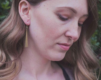 Simple gold bar geometric earrings