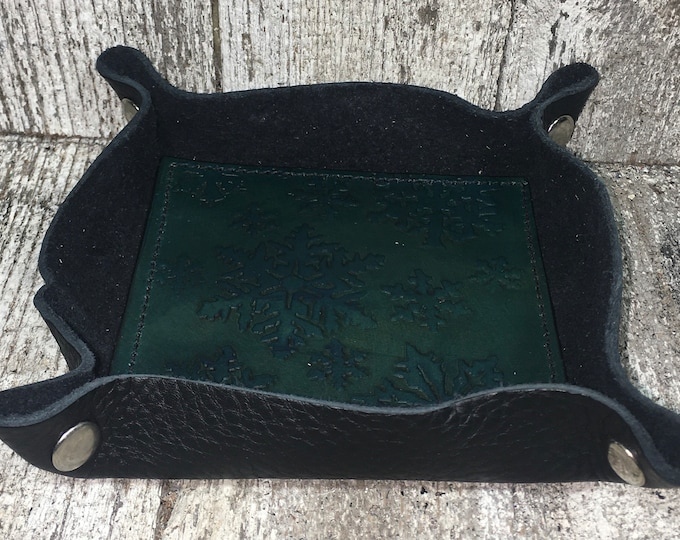 Leather dice catch all tray Winter snowflake teal