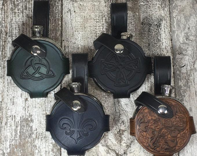 Round flasks, leather 5oz