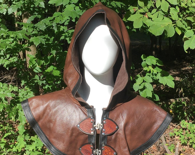 Mottled brown with black Leather hooded mantle