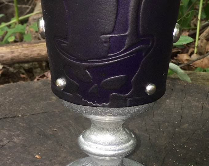 Statesmetal Goblet with Embossed steampunk voodoo skull in top hat